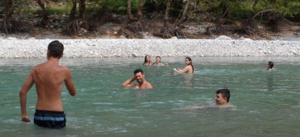 Στις παραλίες ….. του Αχελώου