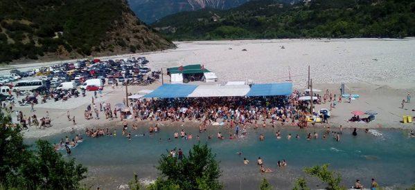 Οι τροπικές…. παραλίες του Αχελώου!