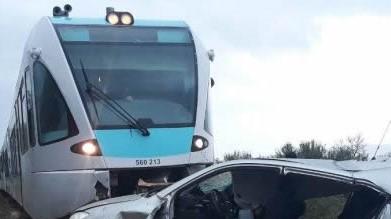 Τρένο παρέσυρε Ι.Χ. στη Φθιώτιδα: Μια νεκρή, δύο τραυματίες