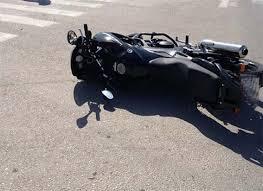 Τροχαίο με μηχανή στη Λάρισα – Στο νοσοκομείο ο οδηγός
