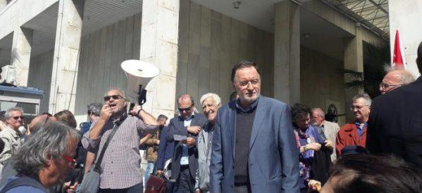 Αριστερός Ψάλτης : Ο Τσίπρας θέλει να δει παλιούς συντρόφους του πίσω από τα κάγκελα
