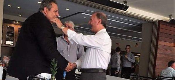 """Ο """"λαγός"""" Σάκης Παπαδόπουλος και τα λαγωνικά…."""