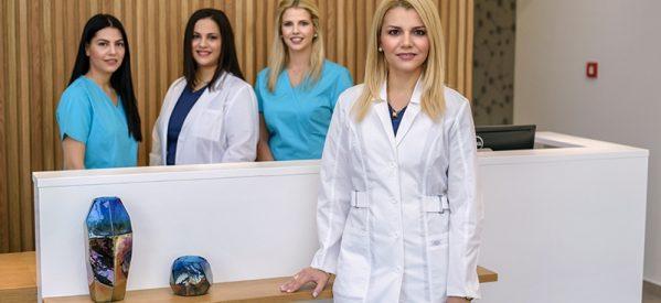 Eγκαίνια του σύγχρονου Μικροβιολογικού Εργαστηρίου της Βανέσας Μηλιώνη στα Τρίκαλα