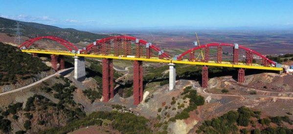 Αντίστροφη μέτρηση! Ολοκληρώνεται -στην Εκκάρα Δομοκού – η μεγαλύτερη σιδηροδρομική γέφυρα των Βαλκανίων
