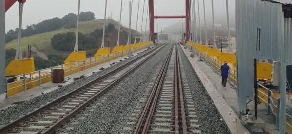 Ιστορική μέρα: Στην κυκλοφορία το τμήμα Λιανοκλάδι-Δομοκός – Παραδόθηκε η νέα σιδηροδρομική γραμμή [εικόνες-video]
