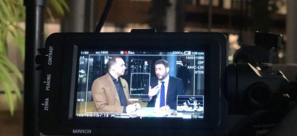 Ο Κώστας Κωστούλας με τον Νίκο Ανδρουλάκη στην TRT