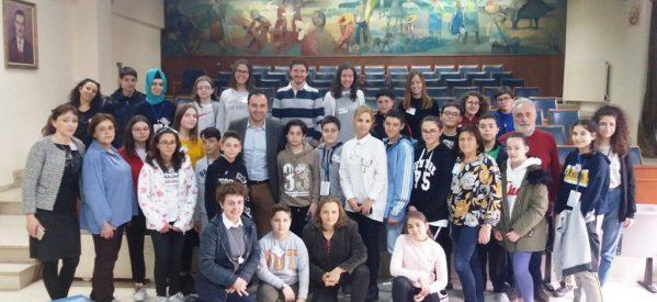 Mαθητές και εκπαιδευτικοί από 4 χώρες στο Δημαρχείο