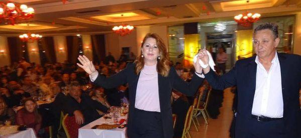 Ας κρατήσουν οι χοροί και η Παναγιά μαζί μας