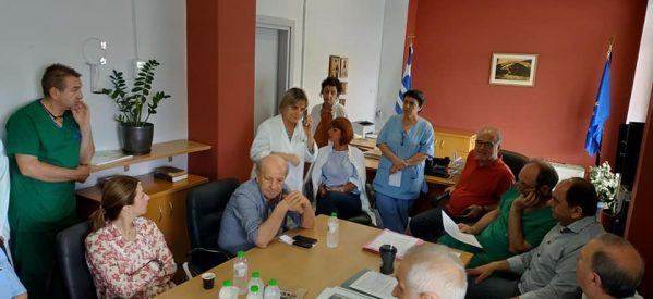 Επίσκεψη υποψηφίων βουλευτών του Σύριζα στο νοσοκομείο Τρικάλων