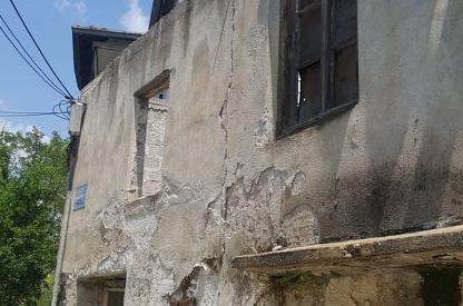 Ετοιμόρροπα «φαντάσματα» που απειλούν τους Τρικαλινούς