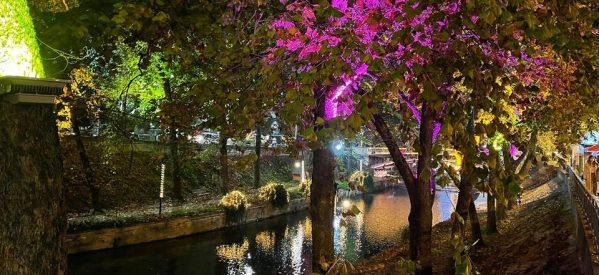 Νυχτερινή βόλτα στα Χριστουγεννιάτικα Τρίκαλα [εικόνες]