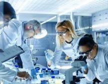 Μελέτη και προτάσεις 24 επιστημόνων για κεντρική στρατηγική αντιμετώπισης της πανδημίας έναντι lockdown