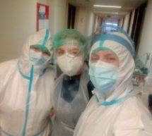 Καλή δύναμη στις νοσηλεύτριες από το τμήμα covid του Γ. Νοσοκομείου Τρικάλων. Είμαστε κοντά σας!!!