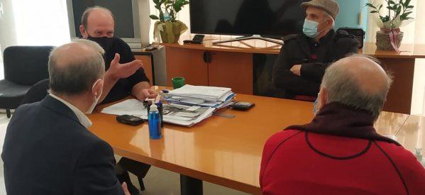 Κλιμάκιο τού ΣΥΡΙΖΑ στο Κέντρο Υγείας και τον Δήμο Φαρκαδόνας