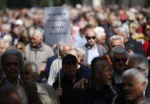 Το γεγονός ότι 350.000 συνταξιούχοι δεν έχουν τηλεοπτική εκπροσώπηση δεν σημαίνει ότι δεν υπάρχουν