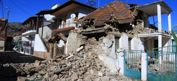 Σεισμός στην Ελασσόνα: Κατέληξε ο ηλικιωμένος που είχε απεγκλωβιστεί