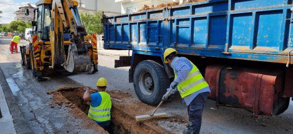 ΔΕΥΑΤ : Aντικατάσταση παλιών σωλήνων ύδρευσης στα Τρίκαλα