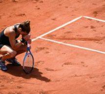 Roland Garros: Πάλεψε σαν λιοντάρι η Σάκκαρη – Έχασε στον ημιτελικό από την Κρεϊτσίκοβα