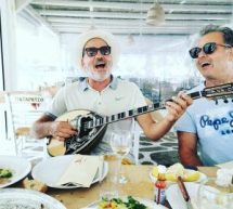 Viva L' aragosta με τον Τρικαλινό Ζιγκ Ζαγκ Δημήτρη Ζμπέκο στη Μύκονο