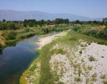 Τρίκαλα: «Ρυάκι» ο Πηνειός – Πού οφείλεται η «εξαφάνιση» του ποταμού