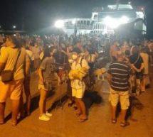 Συγκλονιστικά βίντεο από το πλοίο με τους κατοίκους της Εύβοιας
